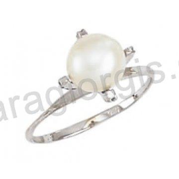 Μονόπετρο δαχτυλίδι λευκόχρυσο Κ14 με μαργαριτάρι και λευκές πέτρες ζιργκόν 6b225f0cc59