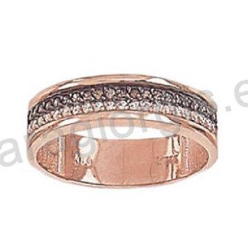 Σειρέ Δαχτυλίδι ροζ χρυσό K14 σε μοντέρνο σχέδιο με λευκές και μαύρες πέτρες ζιργκόν