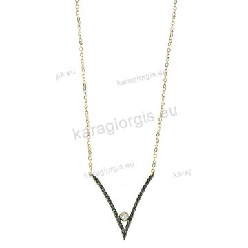 Κολιέ χρυσό Κ14 με μενταγιόν σε σχήμα τριγώνου με άσπρη και μαύρες πέτρες  ζιργκόν και μαύρο a273fd29f6c