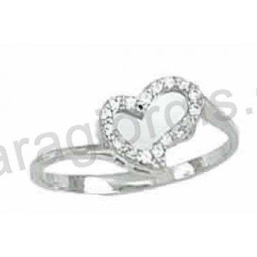 Δαχτυλίδι λευκόχρυσο Κ14 μοντέρνο σε καρδιά με άσπρες πέτρες ζιργκόν με λευκόχρυσο  καθρέπτη στη μέση. 118d0b88c91