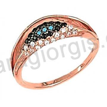 Δαχτυλίδι rose gold σε ροζ χρυσό Κ14 με μαύρες και άσπρες πέτρες ζιργκόν με μαύρο πλατίνωμα.