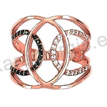Δαχτυλίδι rose gold σε ροζ χρυσό Κ14 σε ελικοειδές σχήμα με άσπρες και μαύρες πέτρες ζιργκόν.