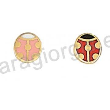 Σκουλαρίκι παιδικό χρυσό Κ14 σε πασχαλίτσα με ροζ ή κόκκινο σμάλτο.