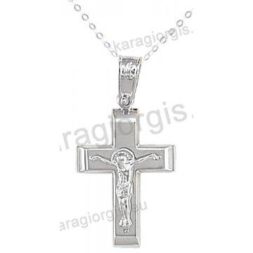 Βαπτιστικός σταυρός με αλυσίδα λευκόχρυσος για αγόρι σε λουστρέ φινίρισμα με ένθετο εσταυρωμένο σε 14 καράτια.