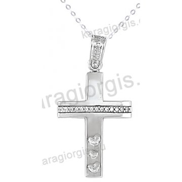 Βαπτιστικός σταυρός λευκόχρυσος με αλυσίδα για κορίτσι σε λουστρέ φινίρισμα με καρδούλες με πέτρες ζιργκόν σε 14 καράτια.