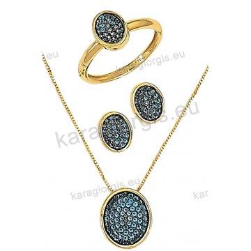 Σετ χρυσό σε Κ14 με κολιέ, σκουλαρίκια σε οβαλ ροζέτα με γαλάζιες πέτρες ζιργκόν και μαύρο χρυσό.