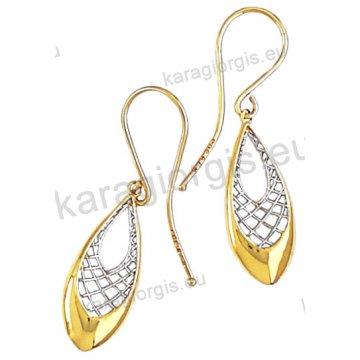 Σκουλαρίκι κρεμαστό Κ14 fashion jewellery σε λουστρέ φινίρισμα με λευκόχρυσα συρματάκια.