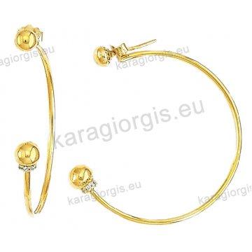 Κρίκοι χρυσοί Κ14 σε λουστρέ φινίρισμα με μπίλιες και πέτρες ζιργκόν διαμέτρου 3,50cm.